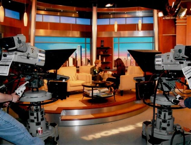 WGN-TV interview w/ Dina Baer, anchor, Midday News